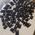 Номерки с гравировкой из черного оргстекла