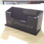 Черная подставка для визиток с гравировкой